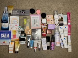 Ipsy 49 pc skin makeup Lot for Sale in Phoenix, AZ