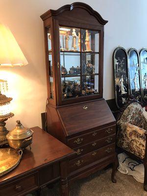 Cabinet for Sale in Winnetka, IL