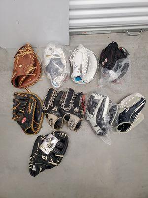 Softball basevall catchers fielder glove for Sale in Linden, NJ