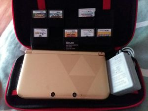 Nintendo 3DS XL The Legend of Zelda: A Link Between Worlds Limited Edition - Gold for Sale in Wytheville, VA