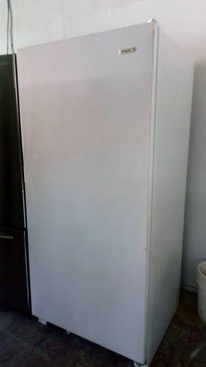 Freezer $$ 280 With 30 day warranty en 1121 basse rd san antonio texas 78212 open 9 am a 9 pm de Lunes a domingo and for Sale in San Antonio, TX