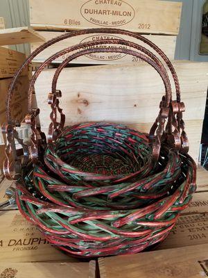 Basket set with metal handles for Sale in Orlando, FL