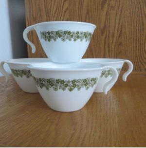 Vintage Corelle/Pyrex crazy daisy mugs for Sale in Palmdale, CA