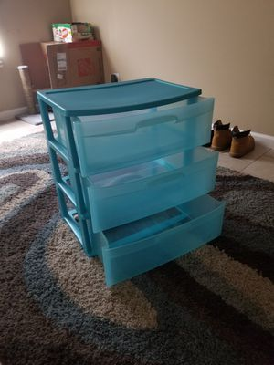 3 drawers (plastic) for Sale in Hartsville, TN
