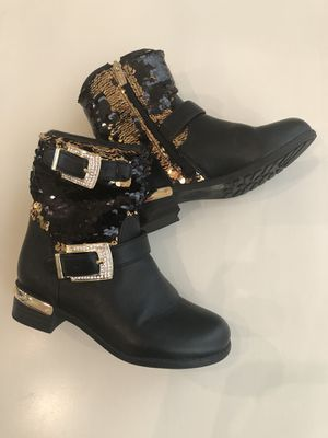 Girls boots flip sequins black and gold size 11 for Sale in Chandler, AZ