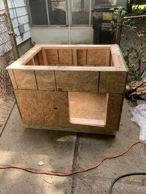 Dog houses for Sale in Detroit, MI