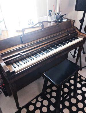 Free Piano for Sale in Lenexa, KS