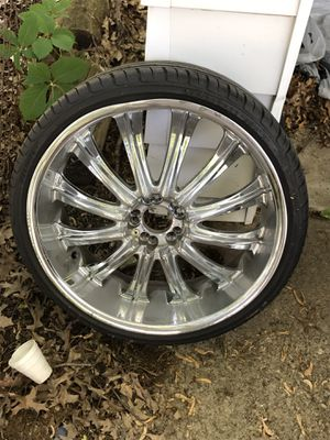 "22"" (Chrome) rims & tires with locks (universal lug pattern) for Sale in Cleveland, OH"
