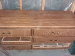 "6 drawer dresser, needs tlc. Apprx. 5' 2"" long 1' 7"" depth 2' 5"" tall for Sale in White Cloud, MI"