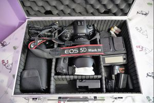 DSLR CAMERA for Sale in Sharon Hill, PA