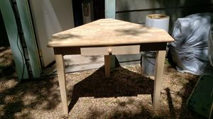 Whitewood Corner Desk for Sale in Austin, TX