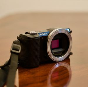 Sony a5000 20.1mp Digital Camera Body for Sale in Murrieta, CA