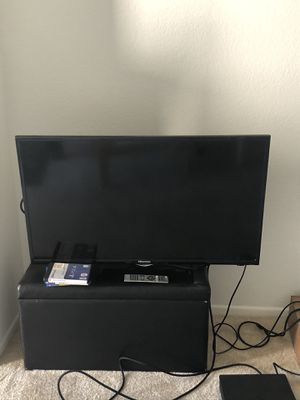 40 inch TV for Sale in Irvine, CA