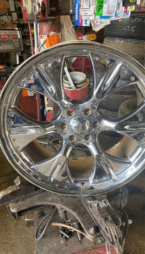 "Set of 22"" 6 lug Kaiser Rims for Chevy trailblazer for sale for Sale in Charlotte, NC"