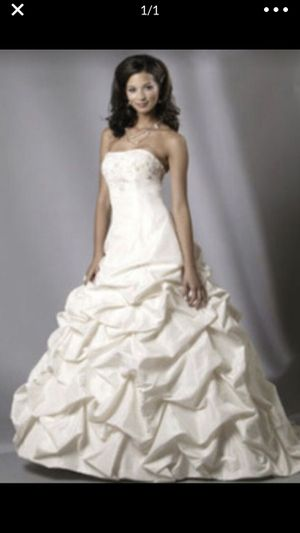 strapless white wedding dress for Sale in Riverview, FL
