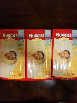 Huggies little snugglers New born size - 32 diapers for Sale in Germantown, MD