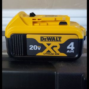 Brand new never used Dewalt 4ah battery bateria $$ 50 firm for Sale in Bakersfield, CA