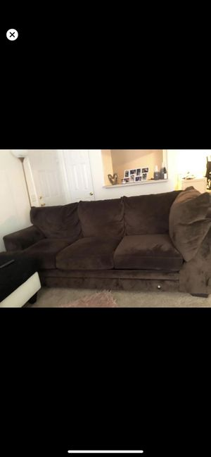 Brown couch was apart of a sectional( this is the largest piece) NEED GONE ASAP for Sale in Suffolk, VA