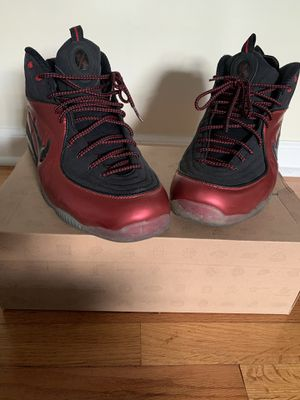 Like new Nike shoes size 13 for Sale in Morrow, GA
