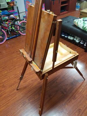 Grand Luxe Full Box French Easels for Sale in Los Angeles, CA