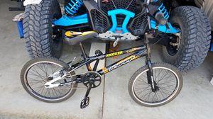 20in bmx bike hyper longer frame for Sale in Corona, CA