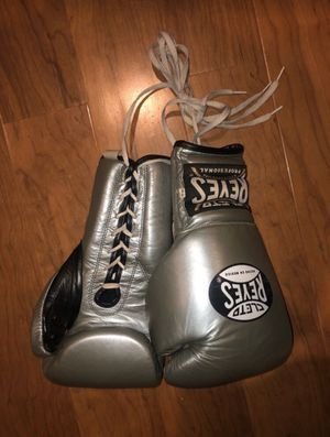 Cleto Reyes Boxing Gloves for Sale in San Diego, CA