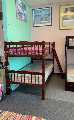 New in box bunk bed with mattress $399 best deal in Nashville come check it out please for Sale in Nashville, TN