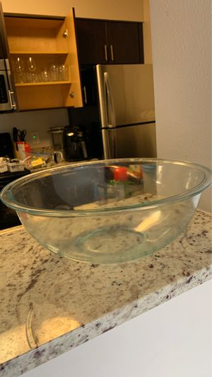 Pyrex glass bowl for Sale in Doral, FL