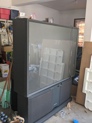 Hitachi projection TV for Sale in Murrysville, PA