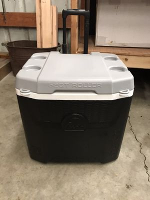 52 qt wheeled igloo cooler for Sale in Oregon City, OR