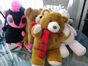 Stuffed Animals (Some Need Cleaning) for Sale in Citrus Heights, CA