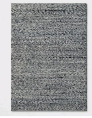 5x7ft Chunky Knit rug for Sale in South Gate, CA
