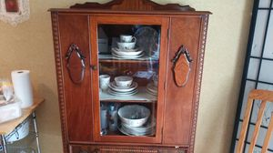 Antique China cabinet for Sale in Aurora, CO