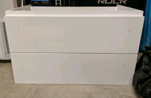 WHITE floating vanity 2 slow closing u drawers and matching mirror for Sale in Costa Mesa, CA