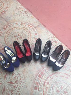 Shoes like new size 8 for Sale in Hialeah, FL