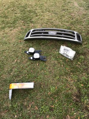 Parts off 2003 F-250 truck for Sale in Seffner, FL