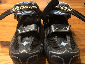Women's Pro Carbon Road Bike Shoes - Size 39.5 for Sale in Huntington Beach,  CA