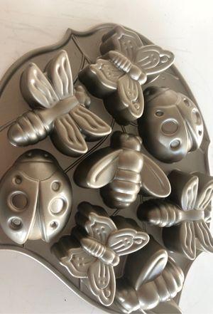 Backyard bugs Nordic ware cake pan Williams Sonoma for Sale in Portland, OR