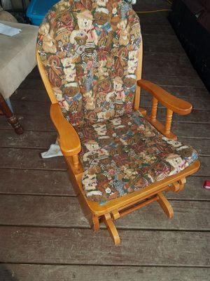 Kids rocking chair for Sale in WILOUGHBY HLS, OH