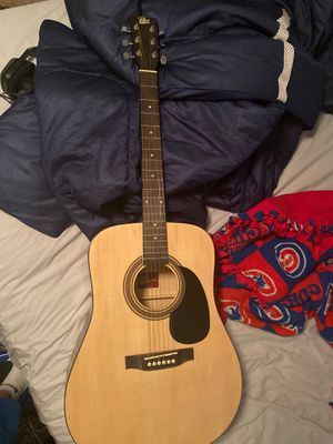 Rogue guitar barely used for Sale in Los Angeles, CA