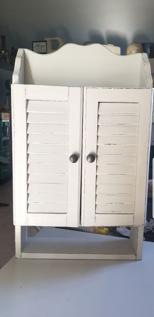 """Antique Wall Mount Cabinet Solid Wood 28""""H 17""""W 6""""D for Sale in Ontario, CA"""