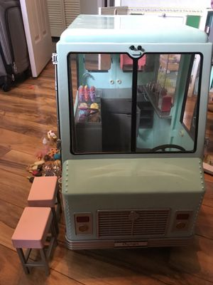 American girl doll ice cream truck(our generation) for Sale in Largo, FL