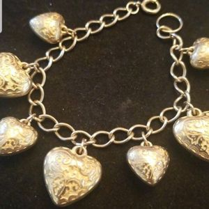 NEW GOLD HEART CHARM BRACELET for Sale in Discovery Bay, CA