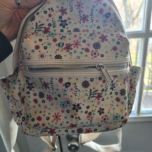 Adorable Mini Floral Backpack for Sale in Washington, PA