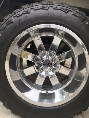 Moto metal 20 inch rim 8 lug Chevy for Sale in El Monte, CA