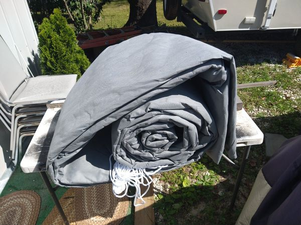 Brand new 37-foot motorhome cover . It can be using for travel trailer cover