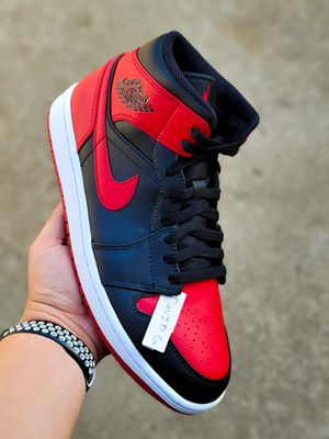 2020 Bred/Banned Mid 1 Size 9.5 for Sale in Hawthorne, CA