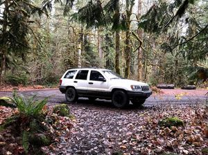 2001 Jeep Grand Cherokee for Sale in Portland, OR