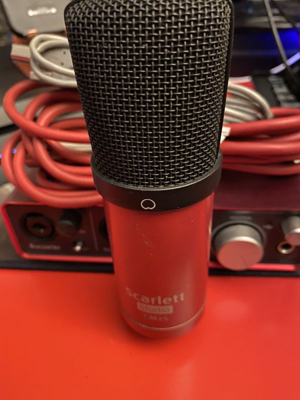 Audio Interface Scarlette 2i2 Studio 1st Gen