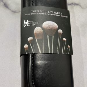 It Cosmetic brush set eyes and face for Sale in San Antonio, TX